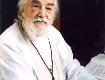 """Archimandritas Tichonas: """"Nešventi šventieji"""""""