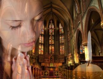 Mokslininkai šokiruoti: malda tikrai pakeičia smegenų cheminius procesus
