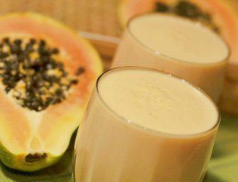 """Jogurto ir papajos gėrimas – """"Papaya lassi"""""""